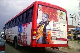 Lady escapes death for allegedly snatching manhood in BRT bus