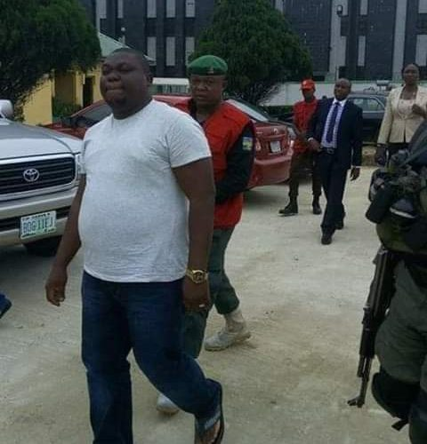Exclusive : What EFCC Did To Those Protesting George Turnah's Arrest In Bayelsa