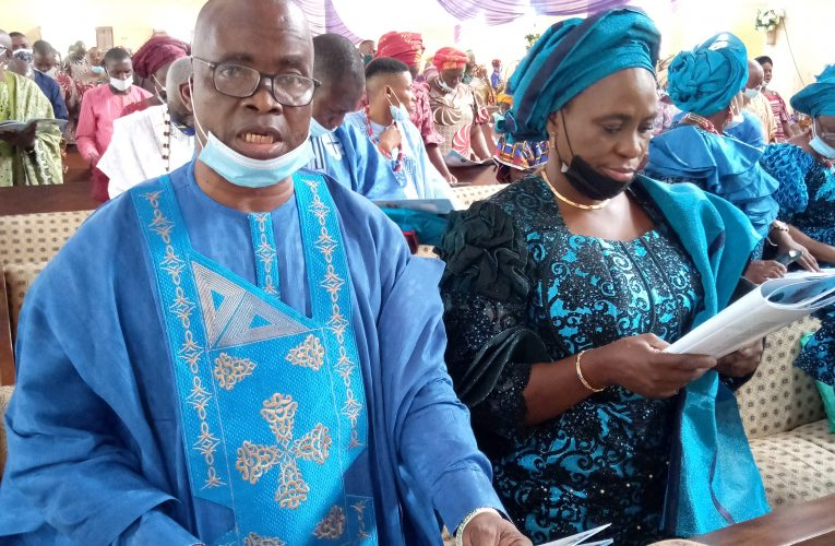 Osun Stands Still For Engr. Johnson Awoyomi's Mother's Burial In Edunabon, Ife.